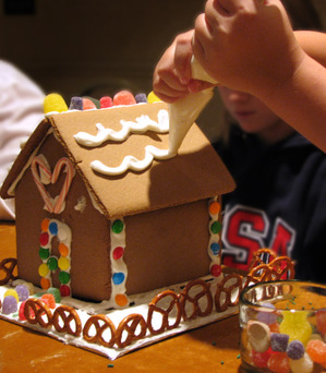 Gingerbread_detail_lo_res