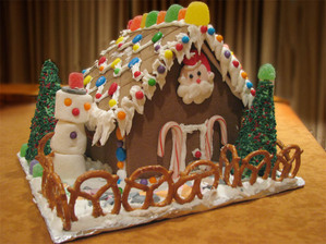 Gingerbread_house_lo_res